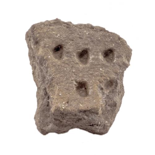 Fragmento de cerâmica com decoração tipo boquique